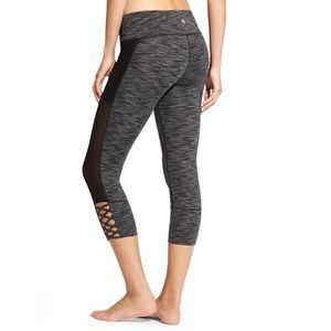 Athleta Mind Over Mat Capri Mesh Lace Space dyed M